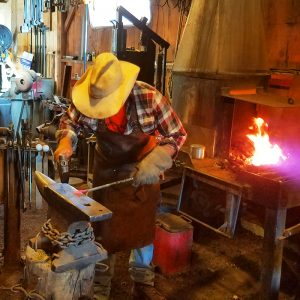 04 APRIL- Intro to Blacksmithing / Saturday Full Day / 8- 5